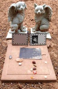enterrement animal dans un cimetiere