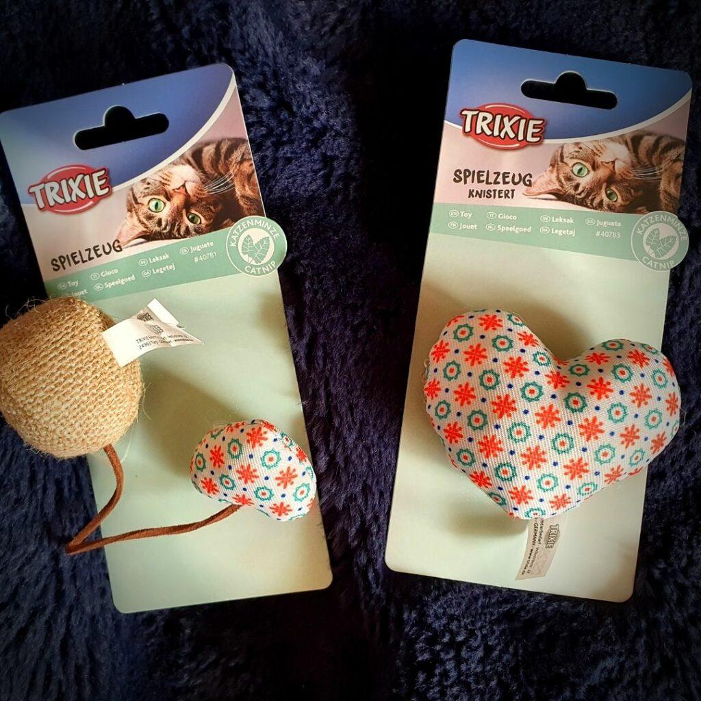 2 jouets coeur de chez Trixie