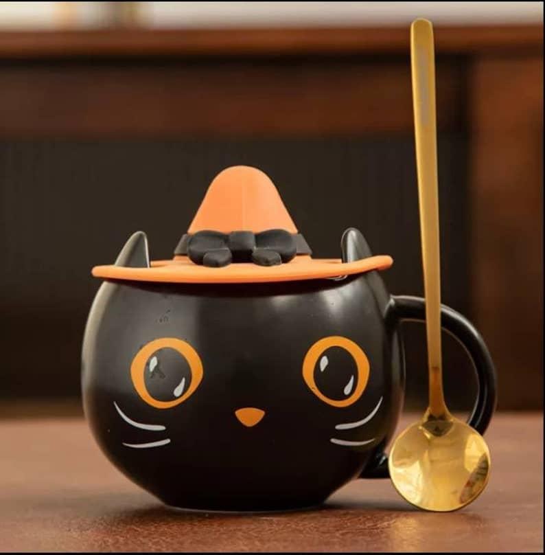 Tasse à café en céramique Chat mignon avec un chapeau de sorcière